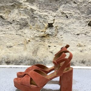 Sandalo In Camoscio VIA ROMA 15